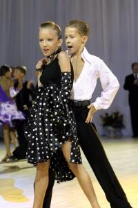 Как выбрать школу танцев для ребенка?