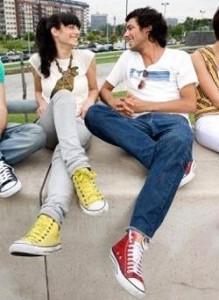Как первой заговорить с парнем