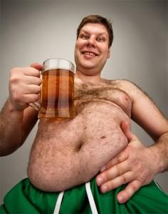 Чем вредно мужчинам пить пиво?