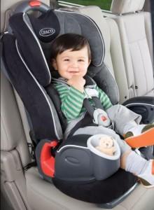 Какое выбрать автокресло для ребенка 6 месяцев?